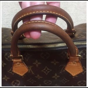 Louis Vuitton Bags - Authentic Louis Vuitton Speedy 30